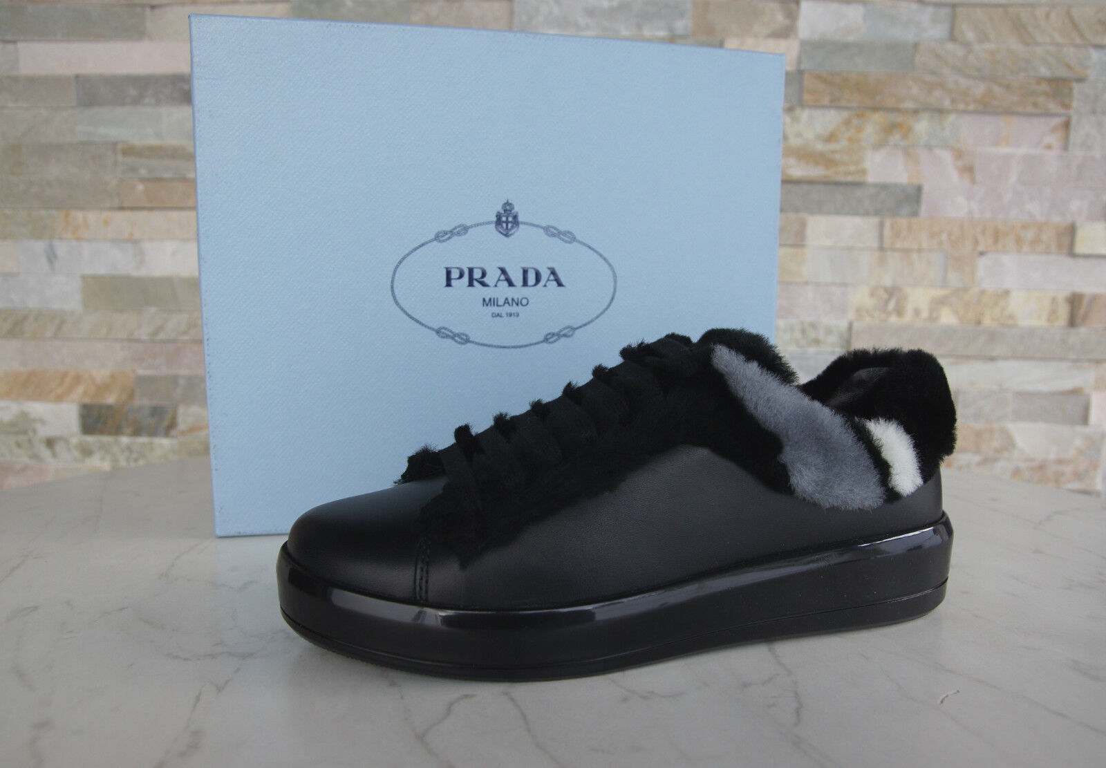 PRADA 38,5 Turnschuhe Fell Schuhe Schnürschuhe Schaffell schwarz neu ehem