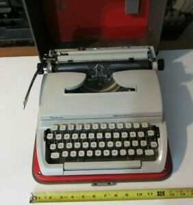 Remington Mark II Sperry Rand Manual Typewriter Vintage Holland - with case