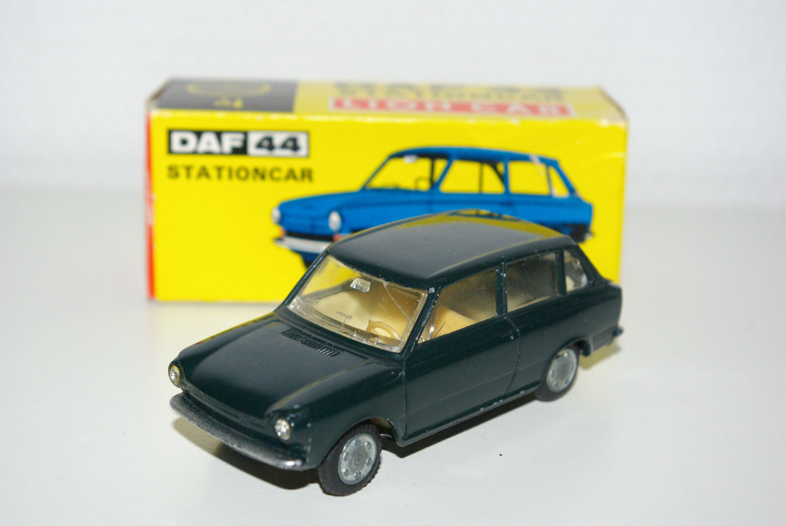 LION CAR DAF 44 STATION STC VARIOMATIC DARK verde VN MINT BOXED RARE SELTEN