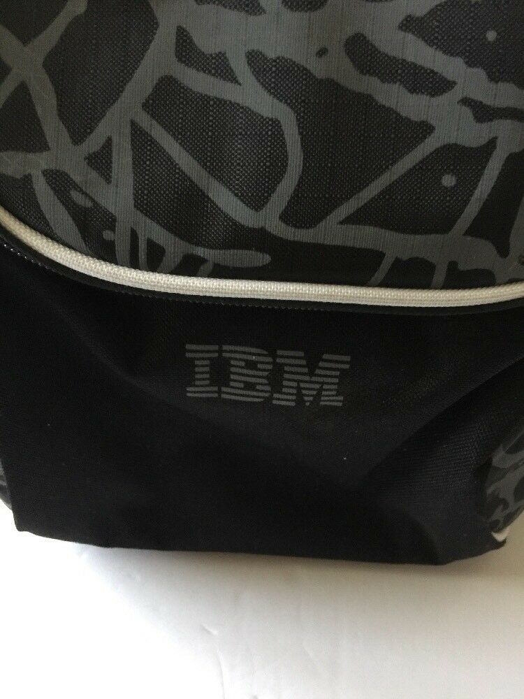 IBM Insulated Cooler Travel Biking Bag 2 Set Sided With Picnic Set 2 for 2 & Insulated 86d9ea