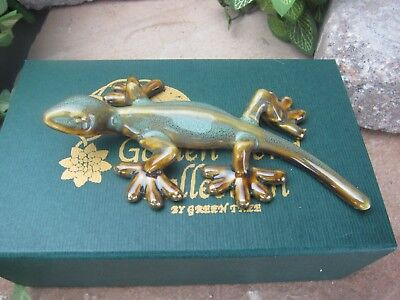 Ceramic frogs// Handmade craft// Perfect gift// Fine art Golden Pond Collection