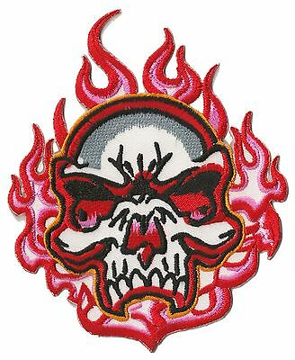 Patch écusson brodé patche Fire skull thermocollant badge transfert