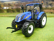 UNIVERSAL HOBBIES NEW HOLLAND T5.120 4WD TRACTOR 1/32 4957 IN OEM BOX