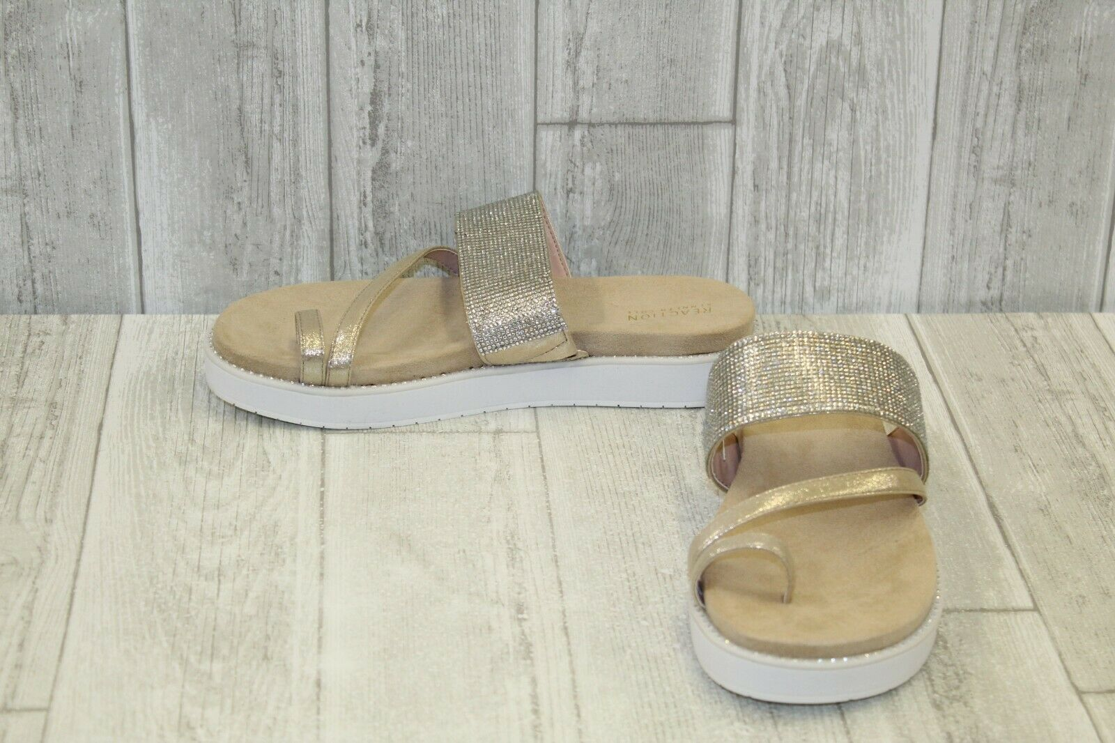 Kenneth Cole Reaction Slam Shot Sandals, Women's Size 10M, Soft gold NEW