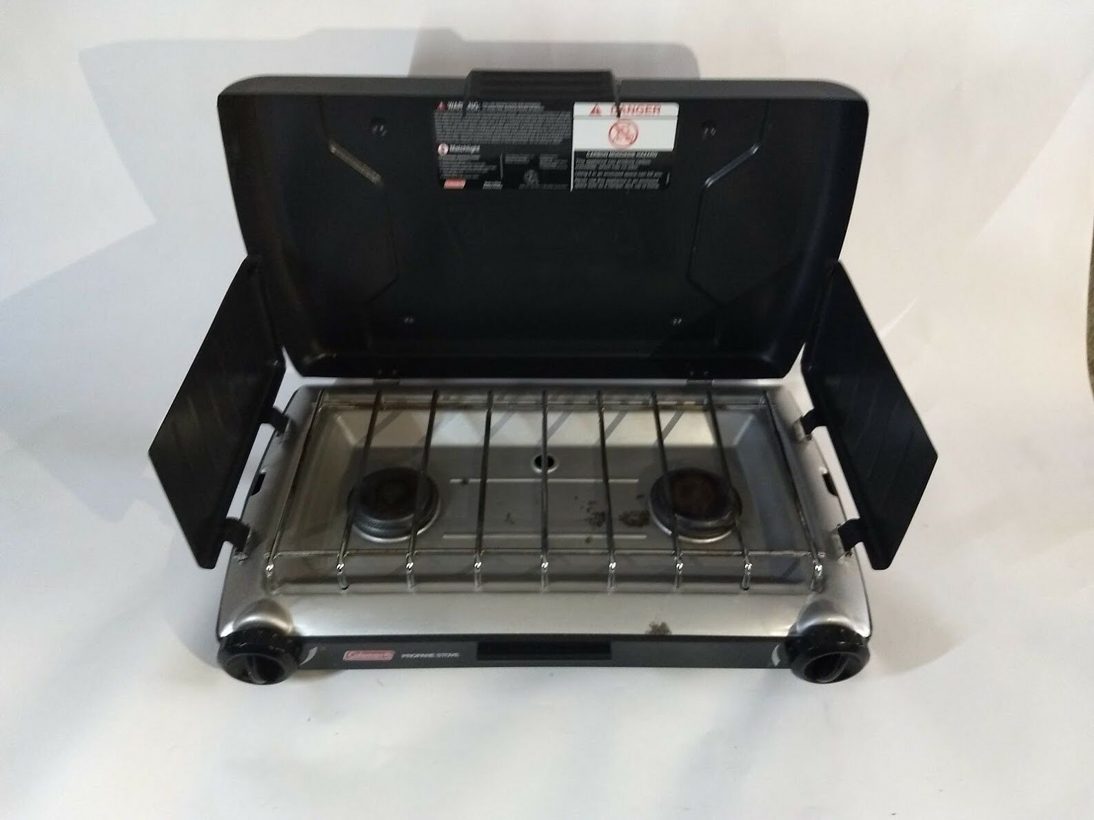 Coleman Portable Propane Camp Stove 2 burner, gently used. 21X13X4   2000020943NP  shop online