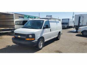 2014 Chevrolet Express G2500 - 4.8L V8 Gasoline - Shelve/RoofRack/Divider