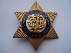 C1950-VINTAGE-COMMERCIAL-TRAVELLERS-BENEVOLENT-INSTITUTION-ENAMEL-PIN-BROOCH