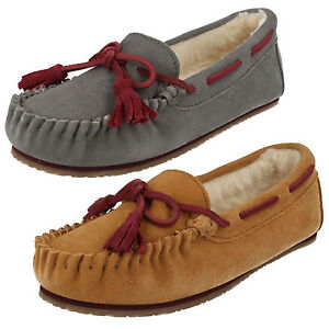 32e20b38b LADIES CLARKS SLIP ON SUEDE SHEEPSKIN MOCCASIN WINTER SLIPPERS SHOES ...