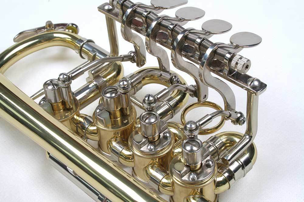Piccolotrompete Hoch B   A , 4 Drehventile