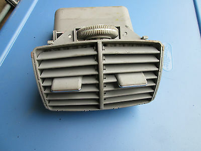 2000-2001-2002-03-2004-05-06 Mercedes S500 REAR AIR VENT W220 2208300654