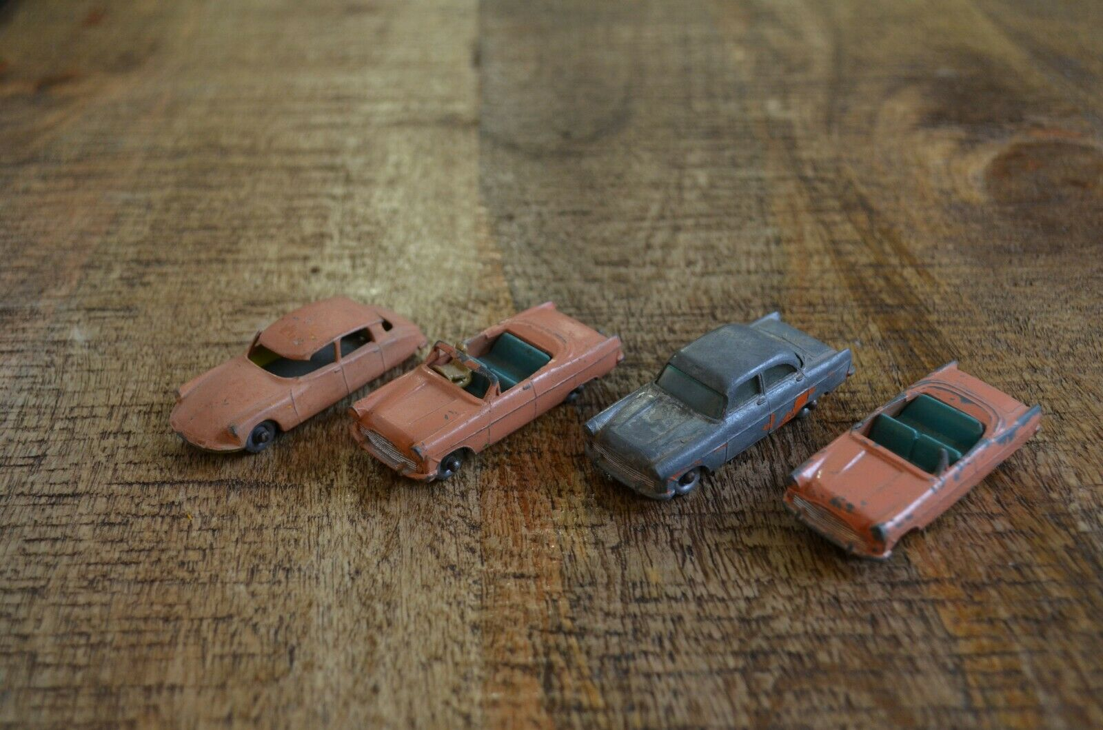 Lesney Ford Zodiac ConGrünible + Citroen Peach grau Wheels Lot of 4 England
