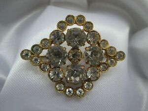 Vintage-Gold-Tone-Sparkling-Clear-Prong-Bezel-Set-Glass-Rhinestone-Brooch-Pin
