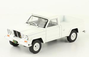 IKA-Jeep-Gladiator-1965-Rare-Argentina-Diecast-Scale-1-43-New-Magazine