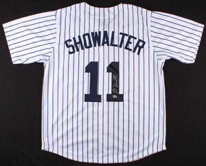 757424acc Buck Showalter Signed NY Yankees Jersey (MLB Hologram) 3× AL Manager ...