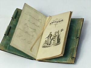 Carnet de bal en écaille blonde et marqueterie . XIX eme siècle.