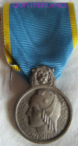DEC2728-MEDAILLE-EDUCATION-PHYSIQUE-amp-SPORTS-ARGENT-MEDAL-ORDER
