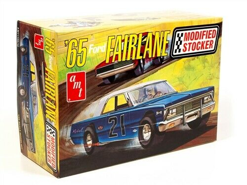 Amt 1190  1965 Ford Fairlane Modified Stocker car plastic model kit 1/25