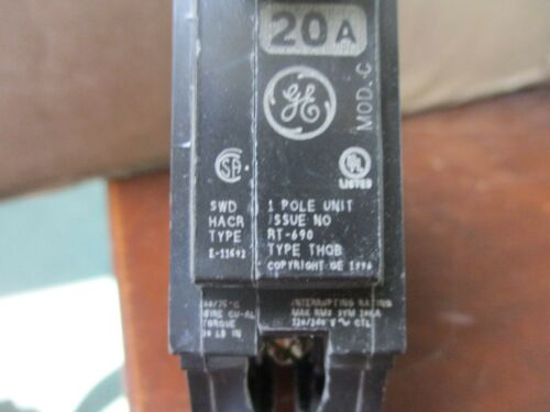 GE Type THQB Bolt-On Breaker THQB1120 20A 120//240V 1P *Lot of 15* Used