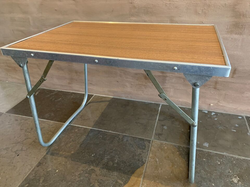 Folkekære Lille retro bord – dba.dk – Køb og Salg af Nyt og Brugt FC-65