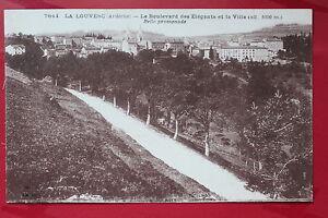 Tarjeta-postal-antigua-la-LOUVESC-el-bulevar-de-Elegante-y-la-Ayuntamiento