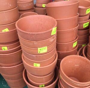 Lot-Revendeur-Destockage-Palettes-18-Pots-En-Terre-Cuite-differentes-tailles