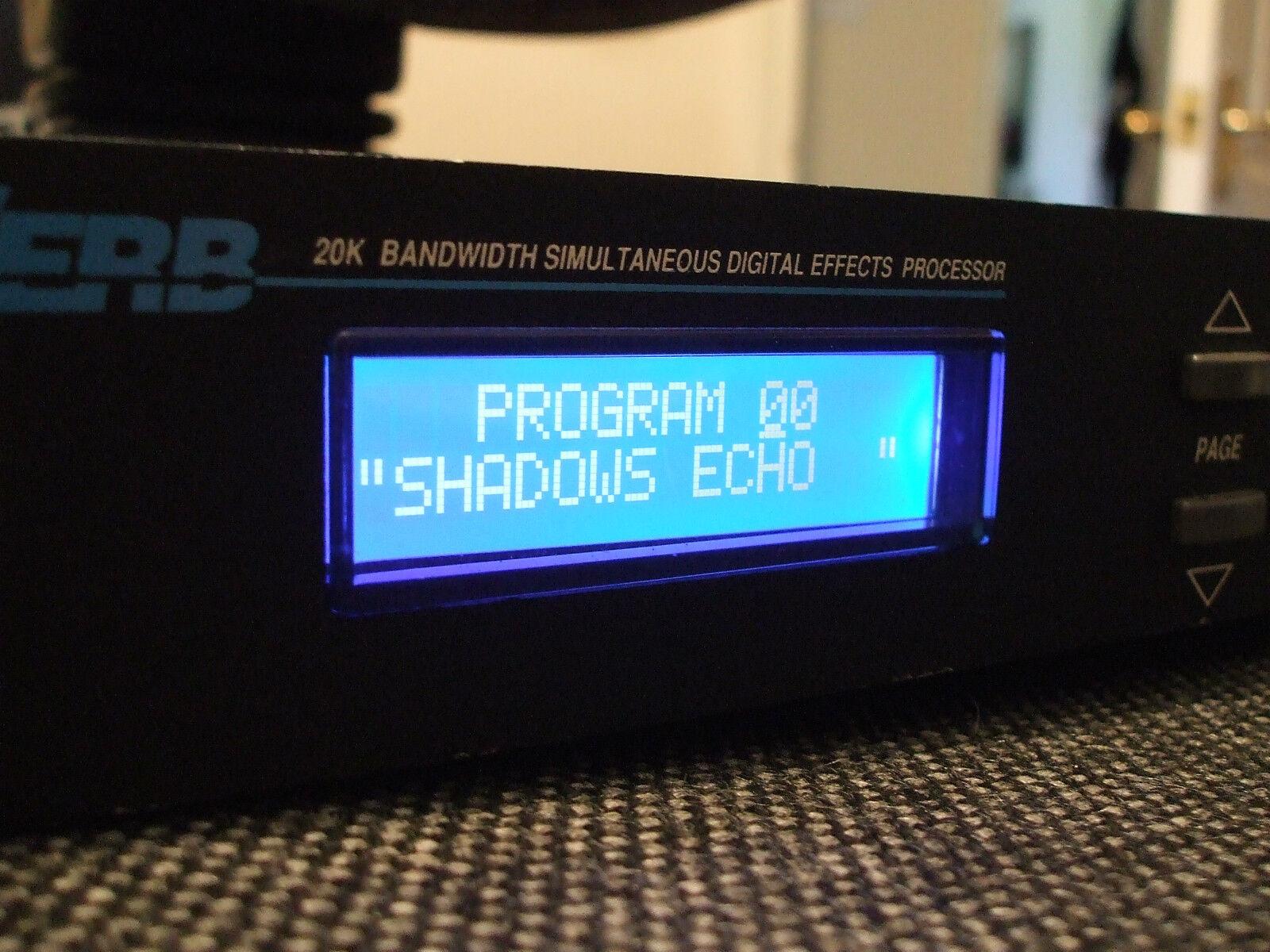 Alesis Quadraverb con 90 Presets llamado sombras Plus Plus Plus Eprom instalado ver 2.03  salida para la venta