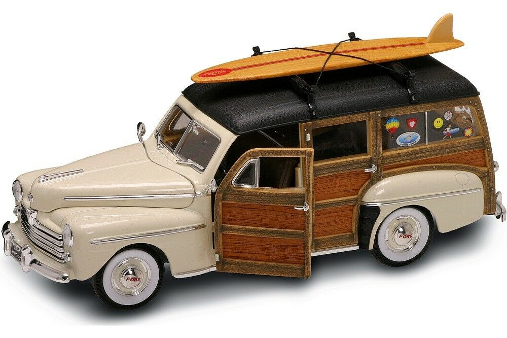 1948 Ford Woody Surf Wagon w Surfboard and Wood Panels Cream 20028 1 18 Scale