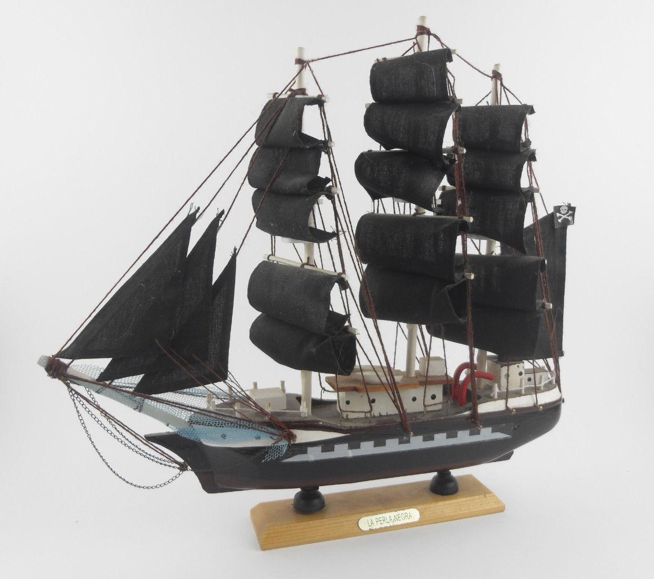 Veliero LA PERLA NEGRA Modellino Barca Nave in Legno VINTAGE Boat PIRATI CARAIBI