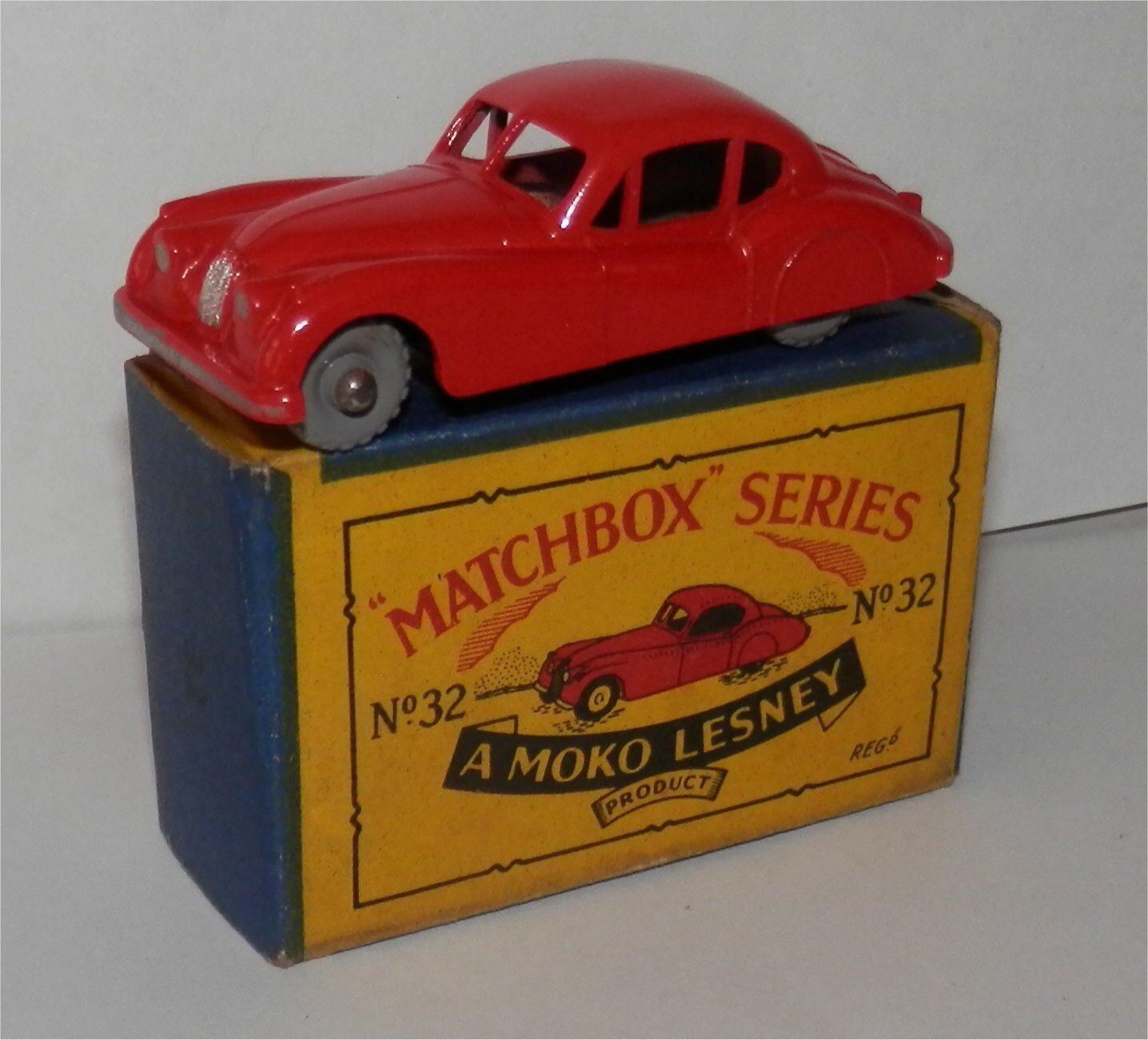 1960s.LESNEY.MATCHBOX.32.Jaguar.XK 140..RED Grey plastic wheels.MIB ORIGINAL