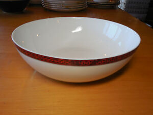 Block-Spain-FLAMENCO-RED-Round-Serving-Bowl-8-3-4-Coupe-Wht-w-Red-Design