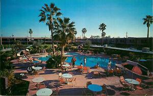 Postcard-Safari-Hotel-Swimming-Pool-Scottsdale-Arizona