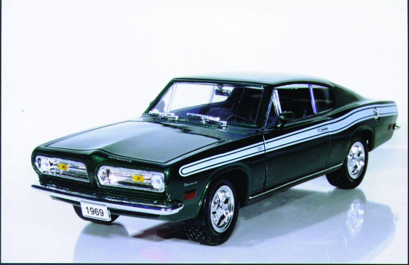 1 18 Yatming Plymouth Barracuda '69 verde, giallo