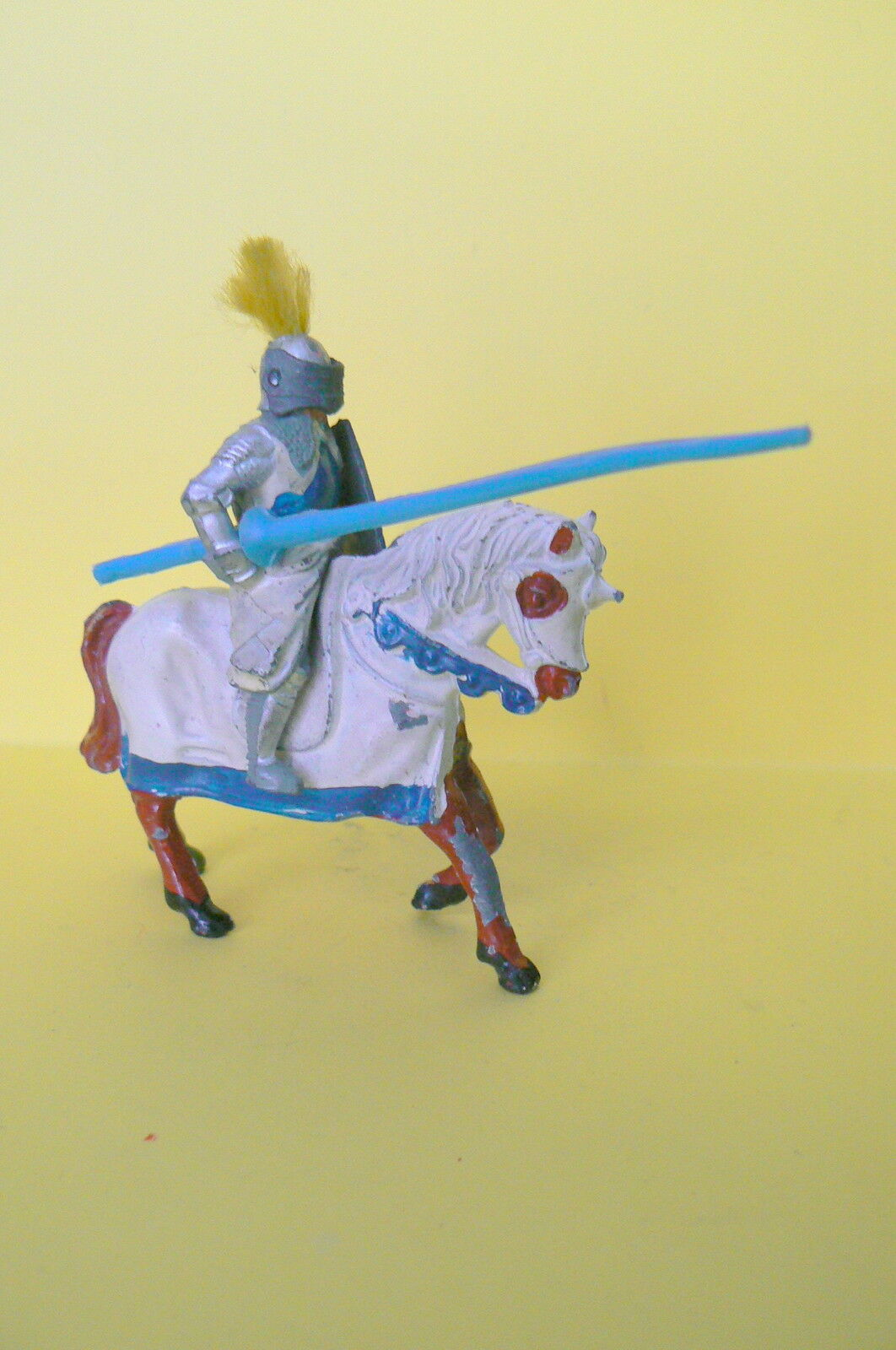 LEAD HOLLOW   BRAND TIMPO TOYS   VERY NICE KNIGHT HAS HORSE