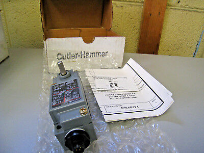 CUTLER-HAMMER E50AR1P4 ROTARY LIMIT SWITCH W// 4-PIN MICRO CONNECTOR