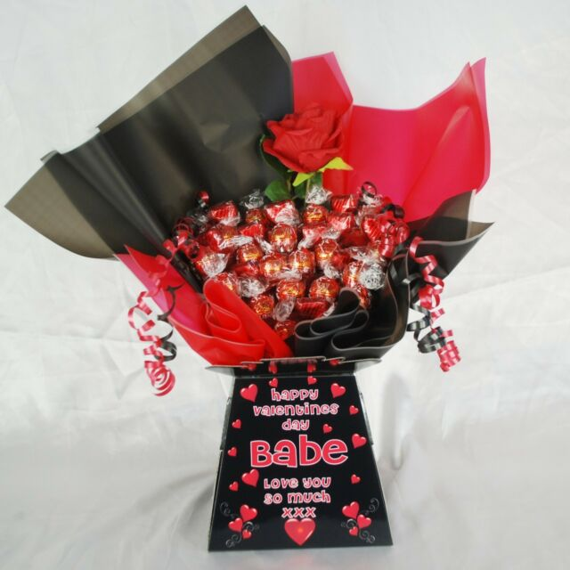 Personalised Valentines Lindt Lindor Chocolate Sweet Bouquet Hamper
