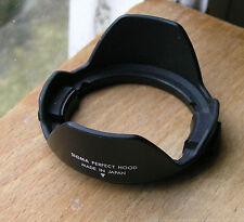 sigma wide  24mm Petal Lens Hood 52mm clip in