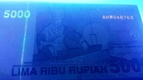 weaver UNC 2001 see UV /& WM 5000 Rupiah Tuanku Imam Bonjol Indonesia P142a