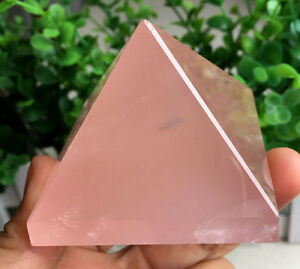 194g Natural rose quartz crystal pyramid healing A164