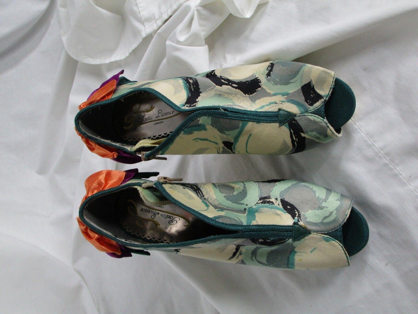Poetic Licence shoes Heels Green Print Satin Ruffles Side Zip 37 Sample