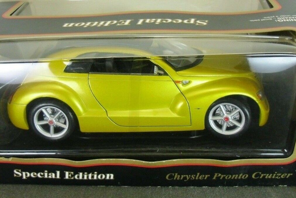 Maisto Chrysler Pronto Cruizer Concept Diecast Car 1 18