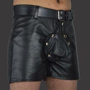 In lederhosen schwul männer Männer in