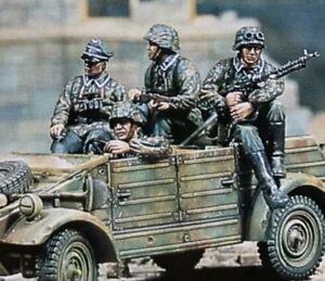 1-35-Scale-Resin-Figures-World-War-II-German-Soldiers-4-Figures