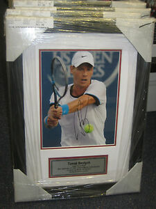 TOMAS-BERDYCH-HAND-SIGNED-8X10-TENNIS-PHOTO-FRAMED-PHOTO-PROOF-C-O-A