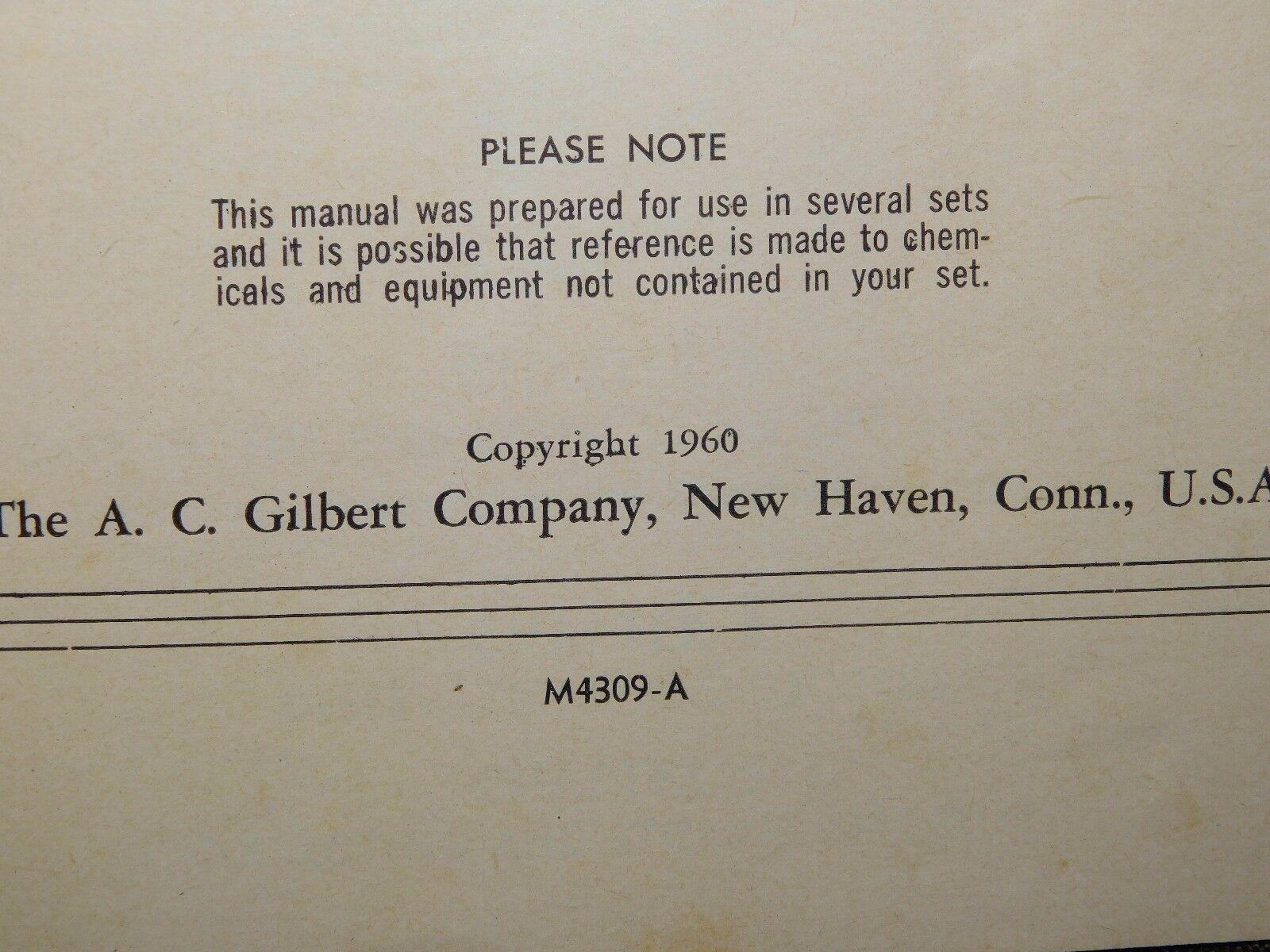 VINTAGE SCIENCE TOY 1960 GILBERT MICROSCOPE & LAB SET SET SET IN METAL CASE 1358cb