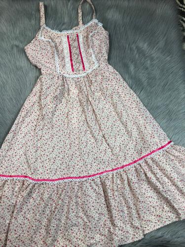 Vintage Handmade 70s Womens Pink Floral Prairie Pe