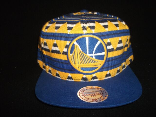 best service d5bf6 723e6 NWT Golden State Warriors Mitchell and Ness Snapback Cap