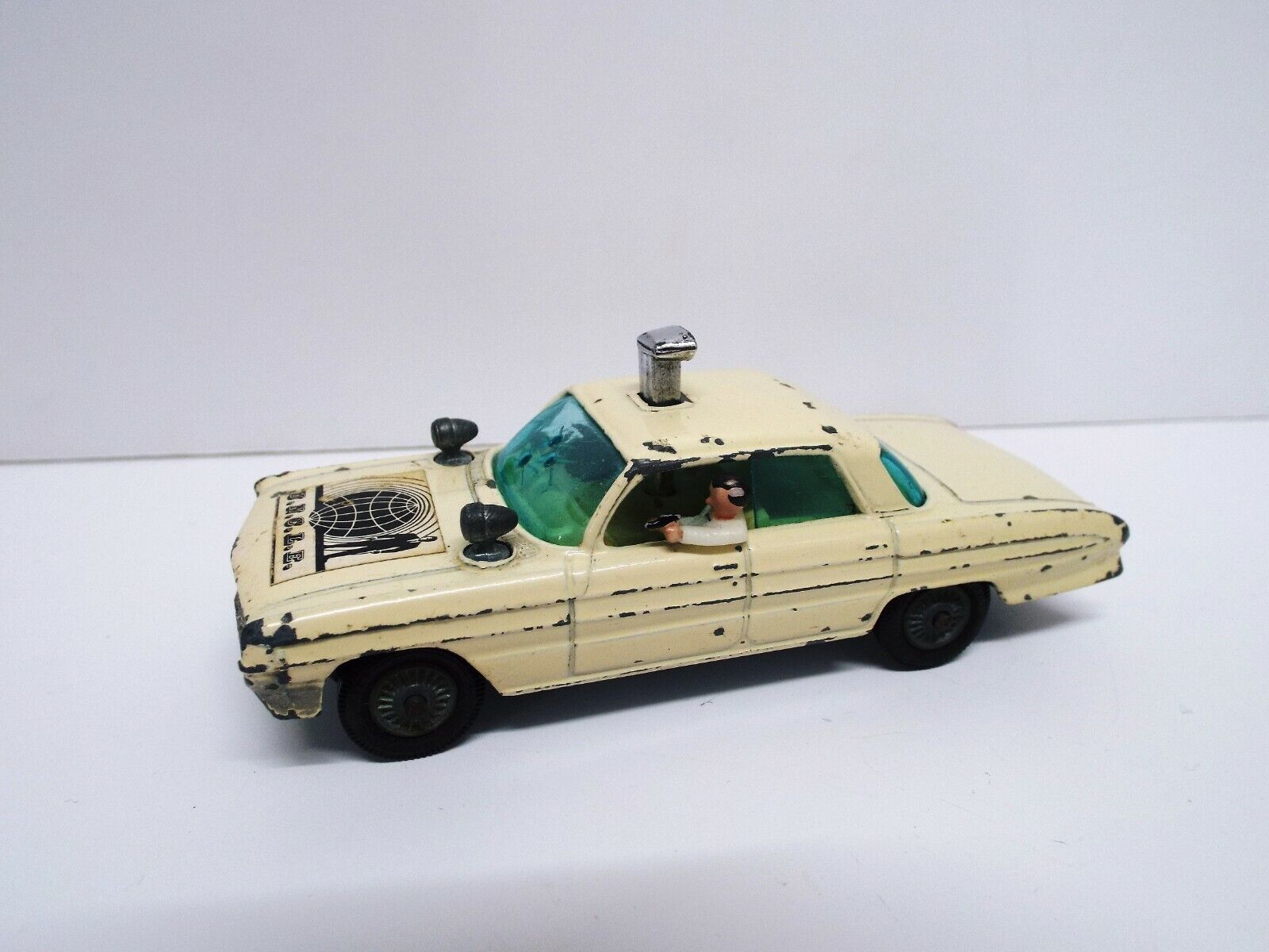 CORGI WHITE MAN FROM UNCLE THRUSH BUSTER OLDSMOBILE SUPER 88 UNBOXED (C441)