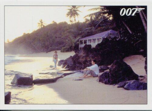 James Bond Archives 2015 Goldeneye Chase Card #75