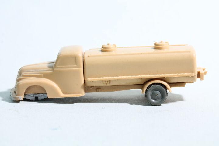 218 type 1 a Wiking sprengwagen FORD 1955 - 1958 Beige