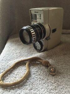Vintage-Bauer-88L-Cine-Camera-See-Inside